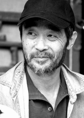 Tian Zhuangzhuang (1 de Abril de 1952)   Artista   Filmow