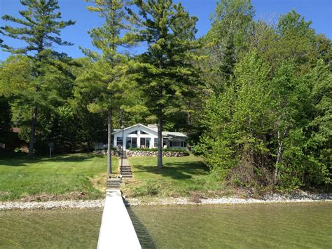 Cottage Rentals On Lake Michigan by Updated Burt Lake Family Cottage Vrbo