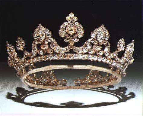Du Tiara les 938 meilleures images du tableau tiaras crowns and aigrettes sur bijoux anciens