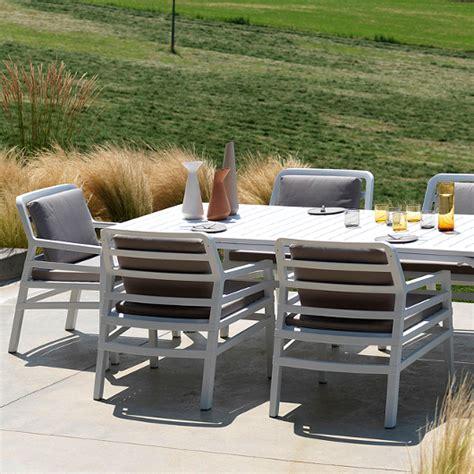 terrassen beistelltisch terrassen stuhlsessel beistelltisch esstisch