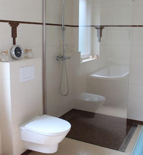 bodenebene dusche fliesen anleitung bodenebene dusche einbauen bodenebene dusche einbauen so