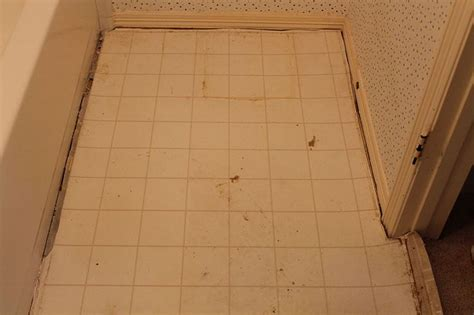 how to replace linoleum flooring linoleum flooring and