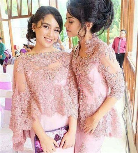 Gaun Dress Pesta Warna Merah Model One Shoulder 148 best images about gaya kebaya on beautiful family one shoulder bridesmaid