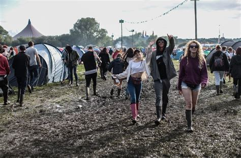 festival 2015 uk in pictures reading and leeds festivals 2015 radio x