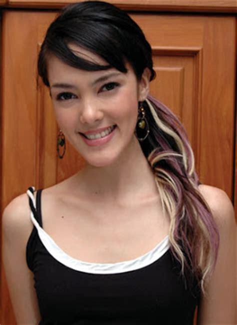 gambar panas artis indonesia artis seksi indonesia artis hot artis amerika foto bugil