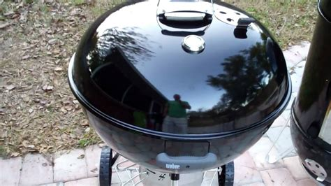 weber 26 75 inch one touch gold grill review bobby s best 26 75 quot weber one touch gold charcoal grill review youtube