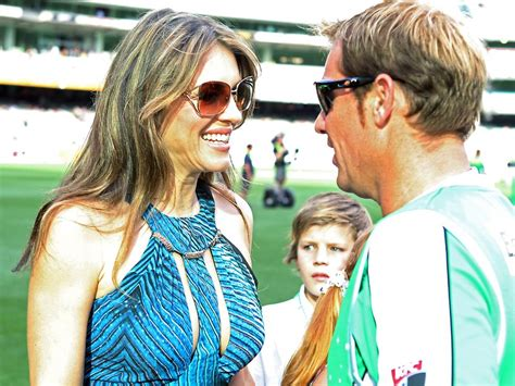 shattered lullaby callahan confidential books elizabeth hurley hits back at callahan about