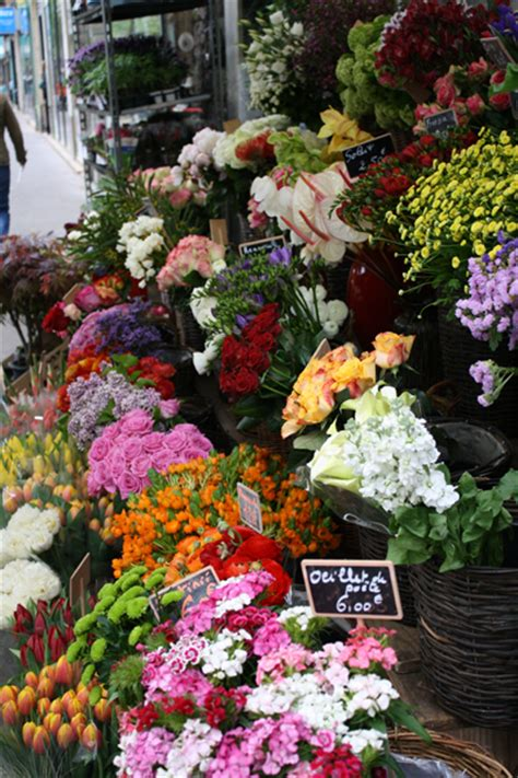 flower shop in paris paris france they display all paris flower shops arom l atelier floral flirty