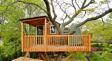 tree house airbnb these 10 awesome airbnb treehouses are yours to rent this summer thecoolist the