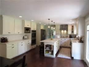 Tri Level Home Kitchen Design by Best 25 Tri Level Remodel Ideas On Tri Split