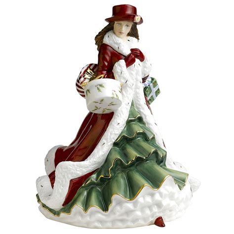 christmas day 2010 hn5379 royal doulton figurine