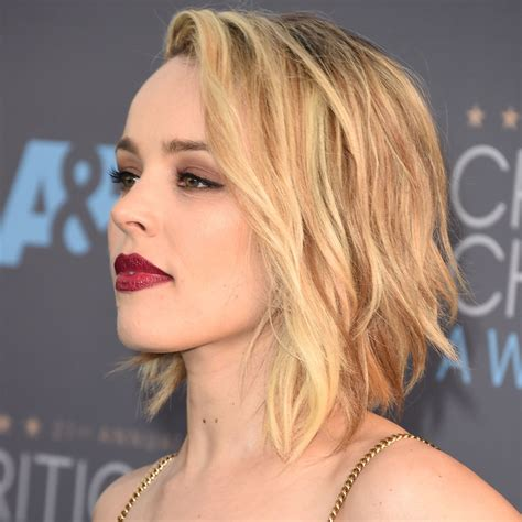 Choice Awards Wavy Trend by Mcadams Just Wore The Wavy Bob Of Our Dreams Wavy