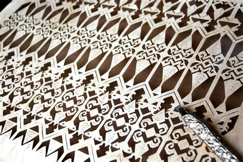 Kain Tenun Motif Blangket 10 press release paper cutting motif kuno indonesia cutteristic