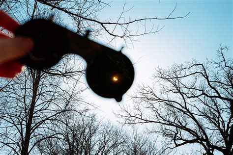 Solar Eclipse Address Search Here S Where To Find Free Solar Eclipse Glasses Before Aug 21