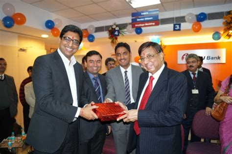who is the founder of icici bank dr ashok k chauhan founder president amity