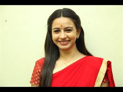 actress divya sumangali sumangali serial real names of characters in the serial