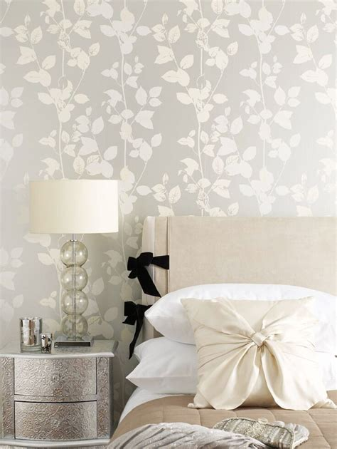 metallic bedroom wallpaper wallpaper trends 2016 19 stunning exles of metallic