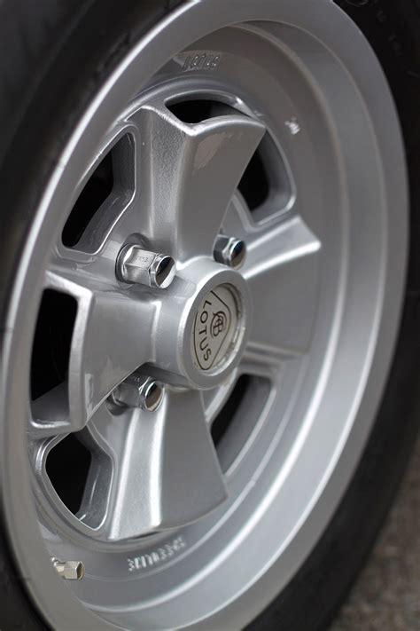 Wheels Wheels Lotus Esprit club lotus donington 2011