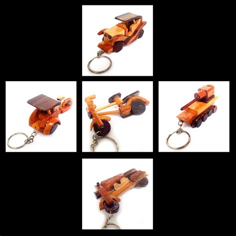 buat gantungan kunci akrilik surabaya souvenir gantungan kunci kayu unik jogja souvenir murah