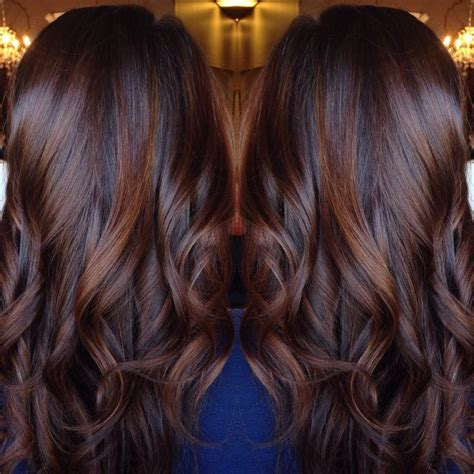 cocoa brown hair color curled chocolate brown hair with cinnamon highlights