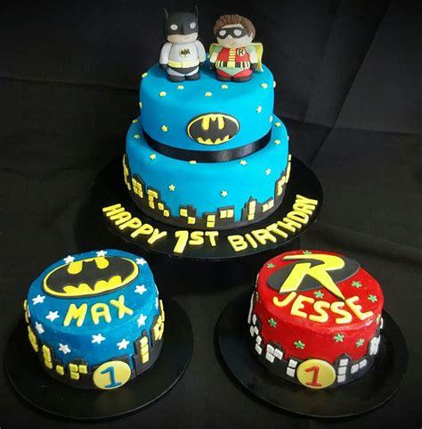 twin birthday cakes ideas  pinterest st birthday cupcakes diy st birthday cake