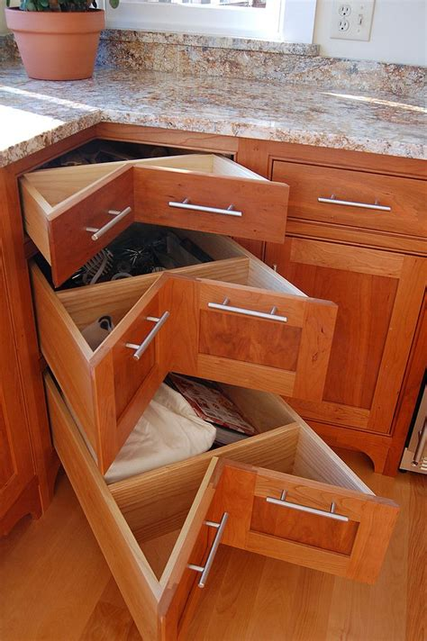 Kitchen Cabinet Drawer Guides by 30 Corner Drawers And Storage Solutions For The Modern Kitchen