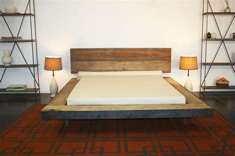 Adorning Your by Adorning Your Modern Bedroom Using Platform Bed