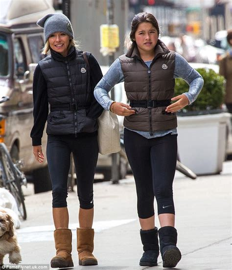 kelly ripa lookalike daughter lola 14 has ripas eyes kelly ripa and daughter lola don matching puffa jackets