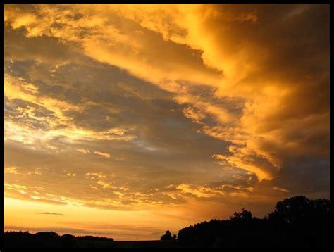 Sky Gold golden sky by nipzone on deviantart