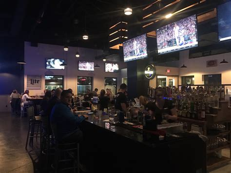 U Shaped Bar 86 Your Hunger Grille 86 Opens In Storrs Center The