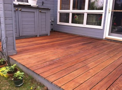Cabot Decking Stain by Cabot S Australian Timber Deck Stain In On An