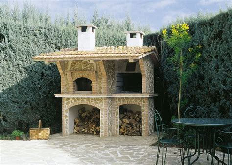 cucine da giardino in muratura trendy cucine da esterno con barbecue la cucina un fulcro