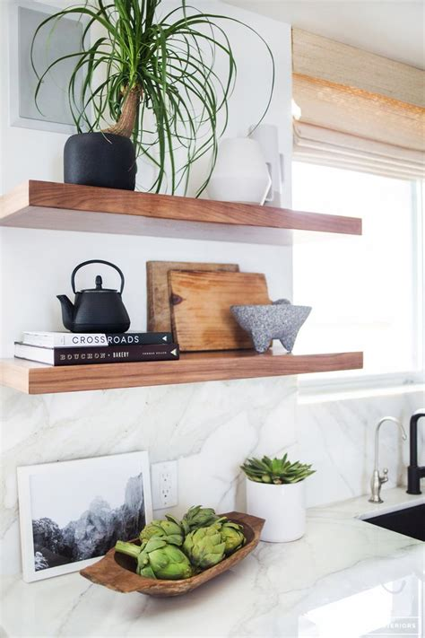 kitchen styling ideas 25 best ideas about floating shelves kitchen on