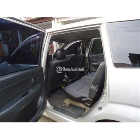 Kopling Mobil Xenia 1000cc daihatsu xenia li 1000 cc 2005 warna silver manual siap pakai bekasi dijual tribun jualbeli