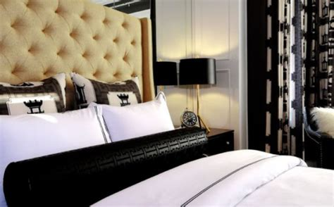 bed pillow arrangements what s your number