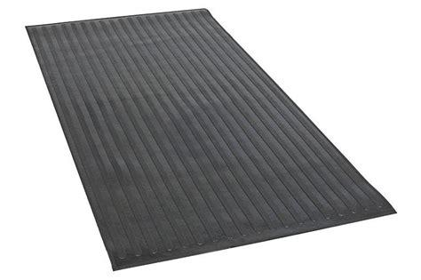dee zee bed mats amazon com dee zee dz85005 heavyweight utility bed mat