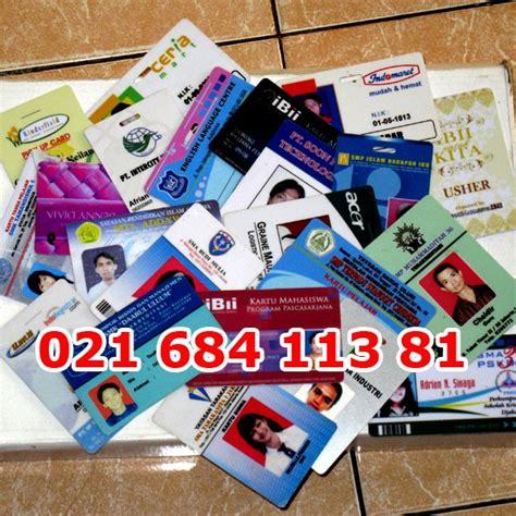 membuat kartu kredit bagi mahasiswa membuat id card id badges kartu pelajar kartu