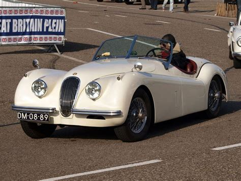 The Ten Best Classic British Sports Cars   Autobytel.com