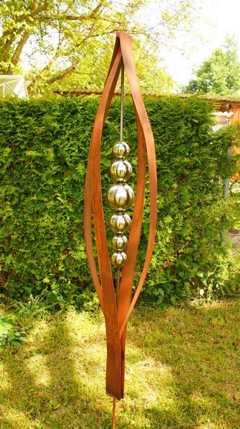 Gartenskulpturen Aus Rostigem Eisen 425 roststab deko tulipa 2 m mit edelstahlkugeln