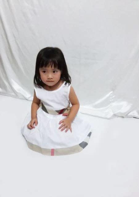 Baju Anak Dress White Burberry Cutie menjual berbagai macam model baju anak korea pakaian anak perempuan cantik lucu