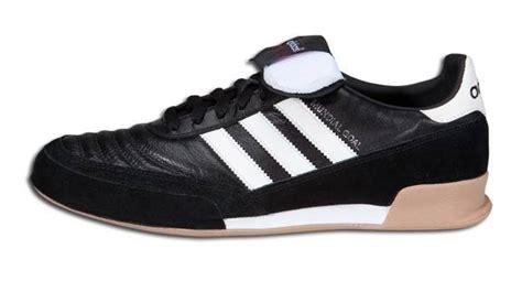Sepatu Bola Adidas Classic adidas classic futsal