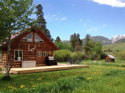 Yellowstone Log Cabins by Log Cabin Getaway On Ranch To Yellowstone Park Vrbo