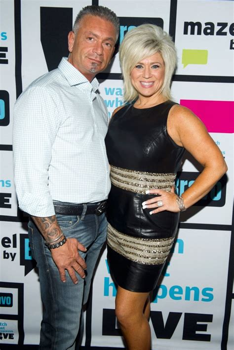long island medium theresa and larry wedding photo long island quot medium quot star theresa caputo husband larry