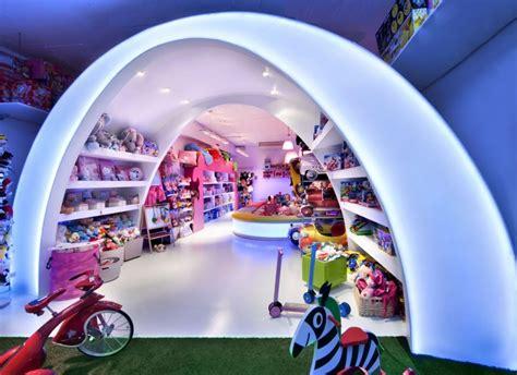 workshop layout in spanish decoracion de locales tienda de juguetes el conte de la