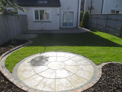 Circular Patio Designs Greenart Landscapes Garden Design Construction And Maintenance Circular Patio And Raised