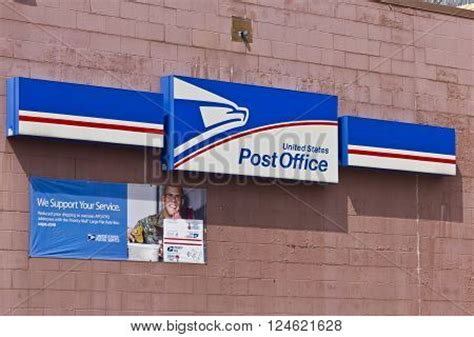 Post Office Hours Locations by Indianapolis Circa April 2016 Usps Post Office Location