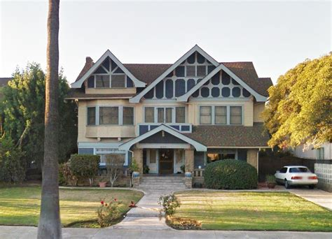 movie houses insidious 13 scary awesome horror movie homes that we d