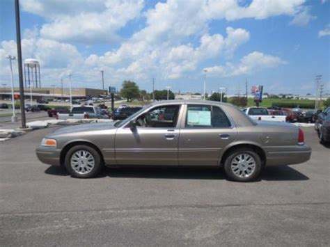 how to sell used cars 2005 ford crown victoria parental controls sell used 2005 ford crown victoria lx in 7952 veterans memorial pkwy saint peters missouri