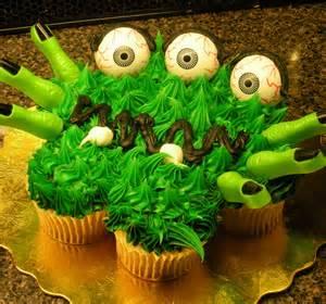 food cupcakes pull apart cakes on pinterest cupcake cakes pull apart cupcakes and pull