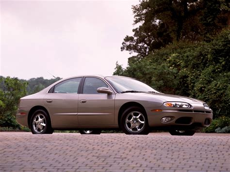 how do i learn about cars 2002 oldsmobile alero free book repair manuals oldsmobile aurora specs 2000 2001 2002 2003 autoevolution